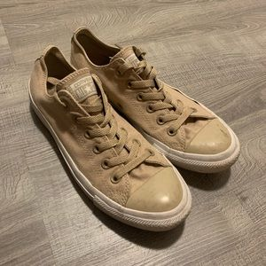 Tan converse all star shoes